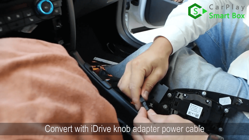 6.Convert with iDrive knob adapter power cable.