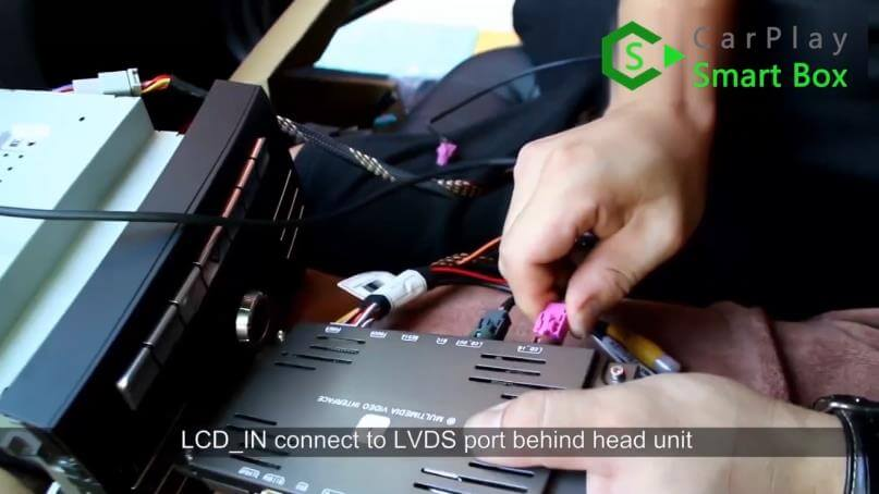 7. LCD_IN connect to LVDS port behind head unit - Mercedes CLS 2015 NTG5.1 HU Wireless Apple CarPlay Installation - CarPlay Smart Box