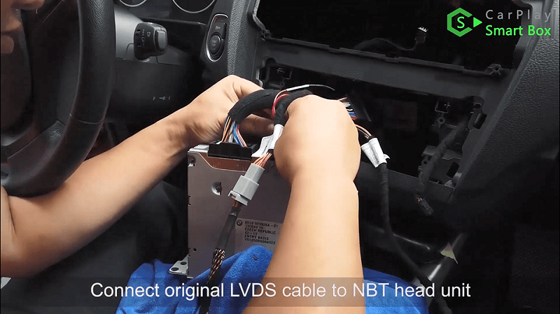 9.Connect original LVDS cable to NBT head unit.