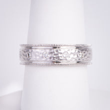Load image into Gallery viewer, Men's 14kt White Gold Hammered Diamond Ring