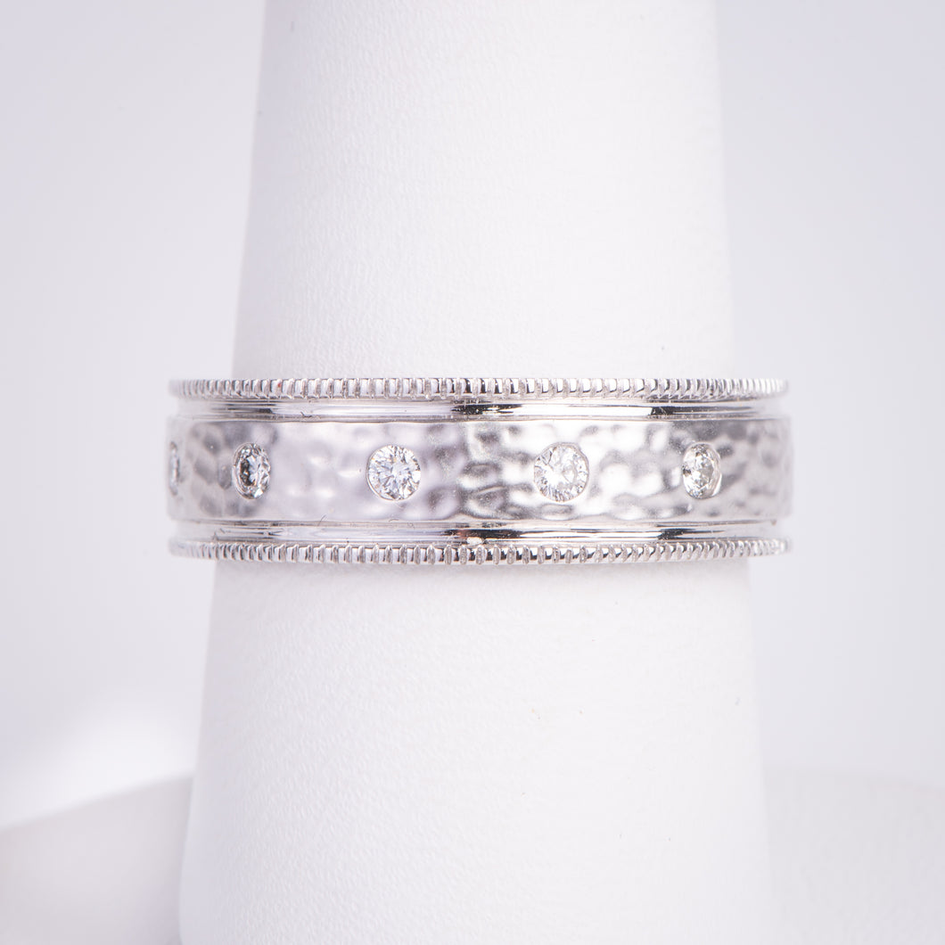 Men's 14kt White Gold Hammered Diamond Ring