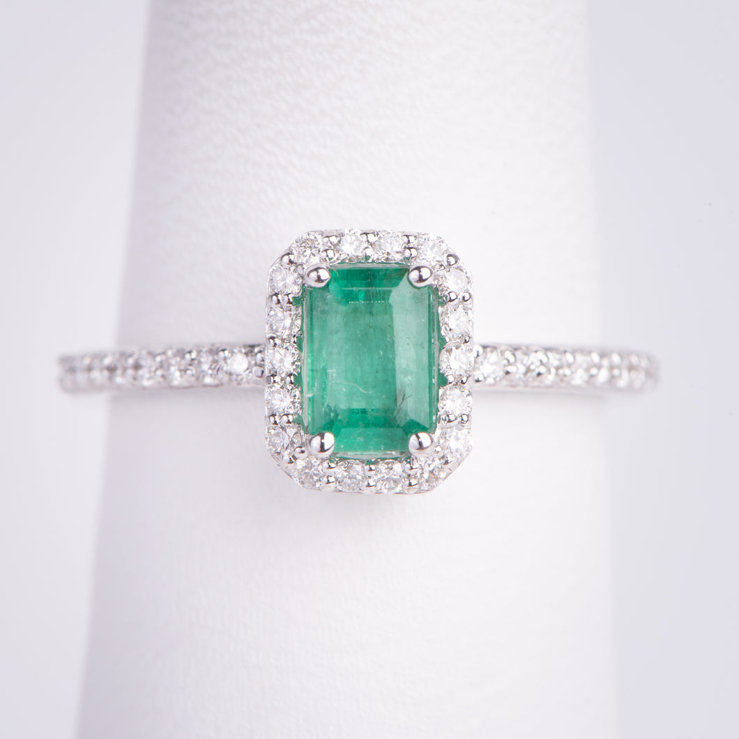 18kt White Gold Natural Emerald and Diamond Ring