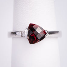 Load image into Gallery viewer, 14kt White Gold Garnet and  Diamond Ring