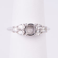 Load image into Gallery viewer, 14kt White Gold Diamond Engagement Semi Mount Ring