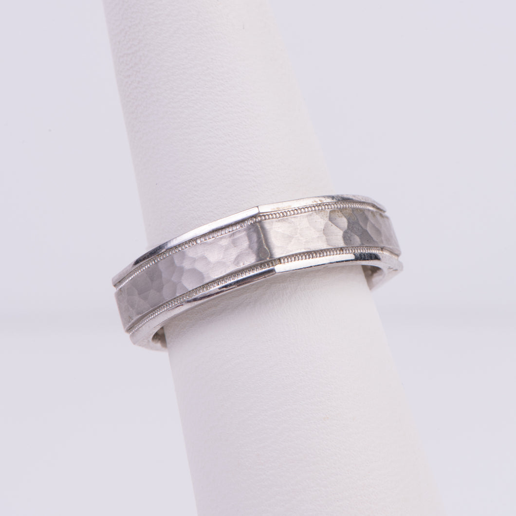 Men's 10kt White Gold Wedding Band