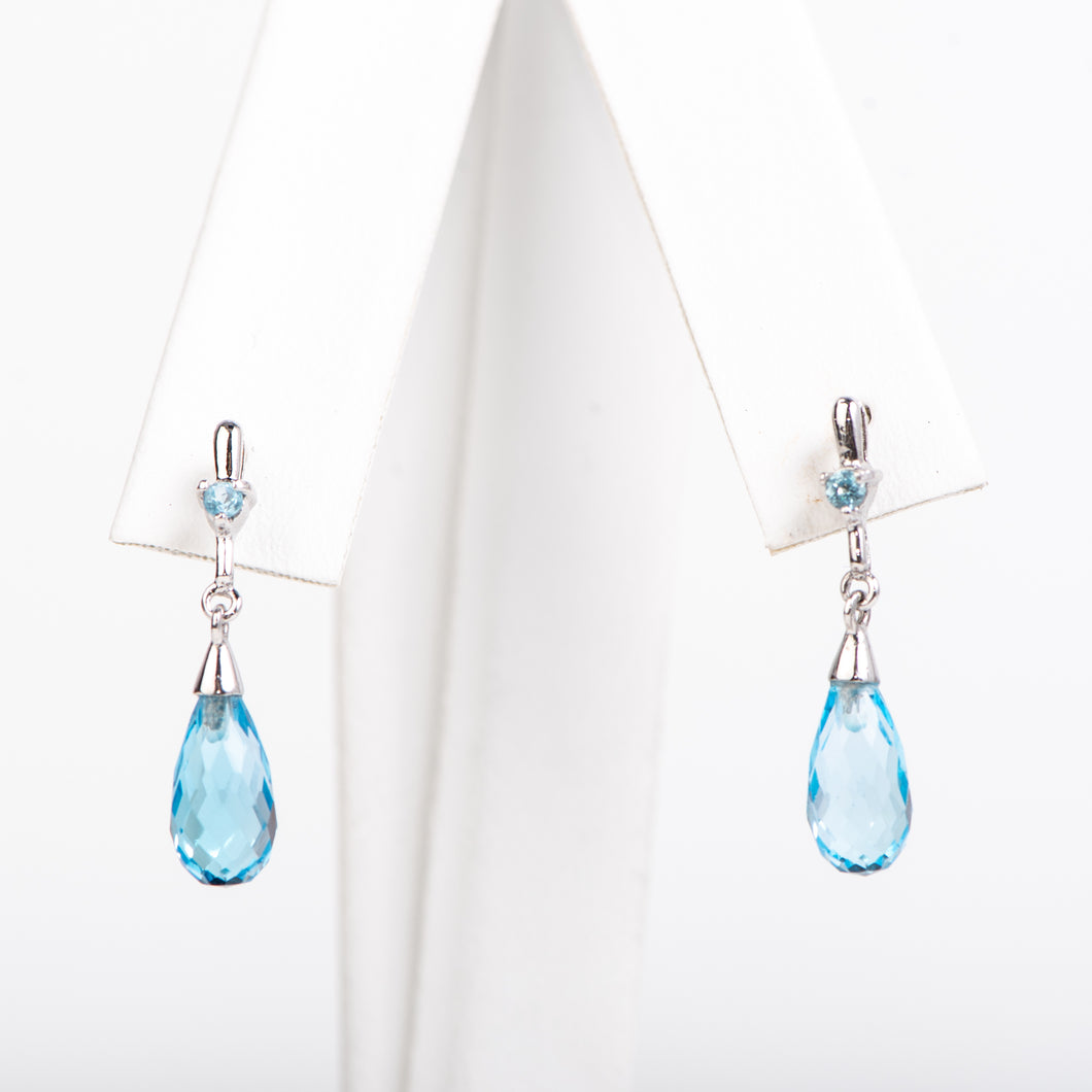 14kt White Gold Topaz Earrings