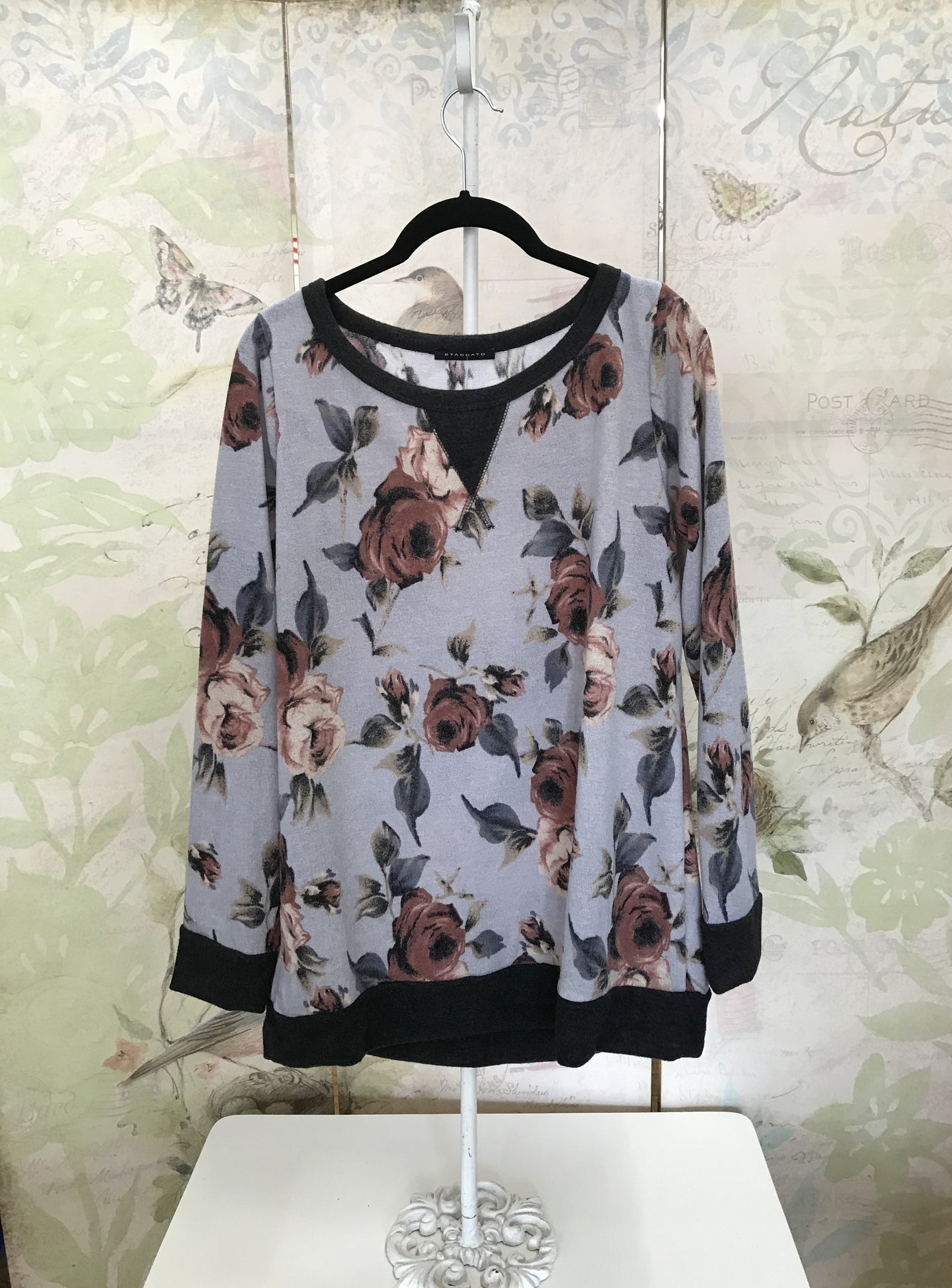Long Sleeve Hacci Floral Top