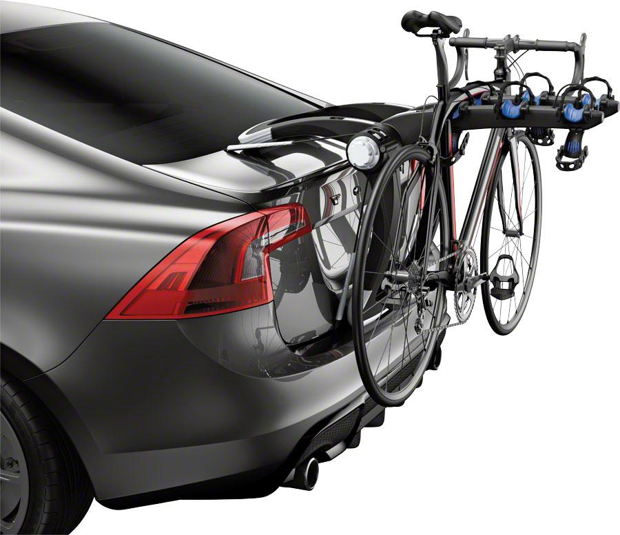 Thule 9002PRO Raceway 3 Trunk Rack: 3-Bike-Voltaire Cycles
