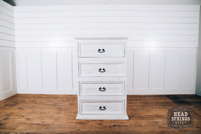 Farmhouse Emma 4 Drawer Chest