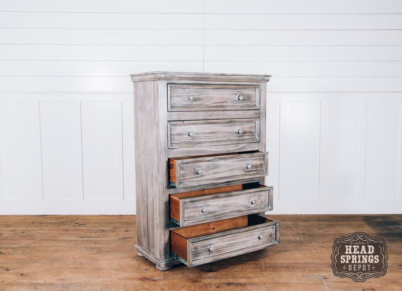Farmhouse Allie 5 Drawer Chest in Granite Finish
