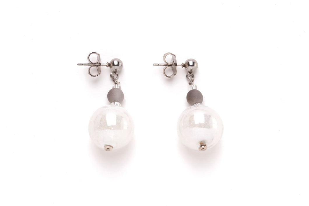 Joy Pendant Earring White