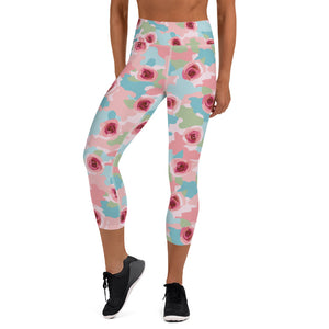 Roses And Camouflage Capri Leggings
