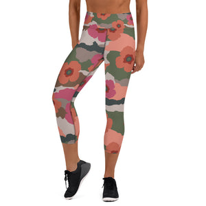 Coral And Rose Floral Camouflage Capri Leggings