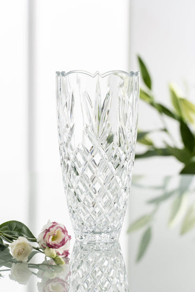 glassware vase wedding gift engagement anniversary house warming lovely with all kind of cut flowers