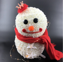 Load image into Gallery viewer, Snowman Rose Bear