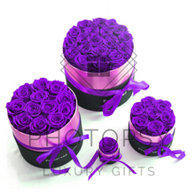 Load image into Gallery viewer, Luxury Rose Bouquet Box