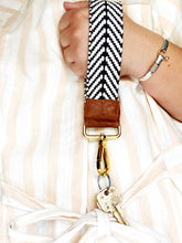 Load image into Gallery viewer, Monochrome Wristlet Strap