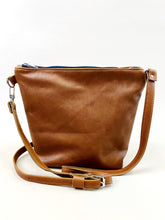 Load image into Gallery viewer, No Stripe Whiskey Purse