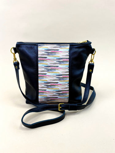 Abstract Lines Black Stripe Purse