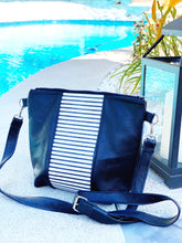 Load image into Gallery viewer, Monochrome Striped Stripe Purse