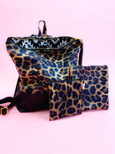 Load image into Gallery viewer, Leopard Vinyl Pouches