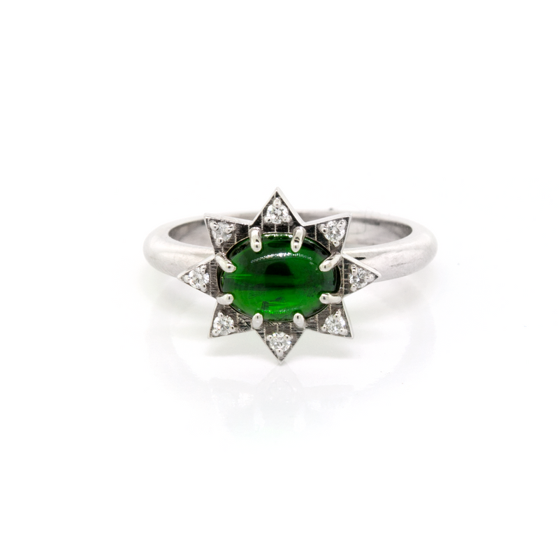 Chrome Diopside and Diamond Starburst Ring