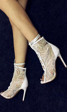 Load image into Gallery viewer, Lace Short Boots Women Shoes High Heels HZS0223