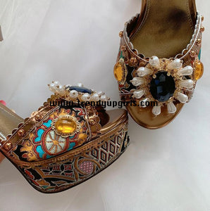 Luxury Embroidery High Heels Women Shoes with Christal HZS0123