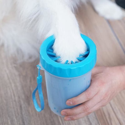 The Miracle Paw Cleaner, Dog