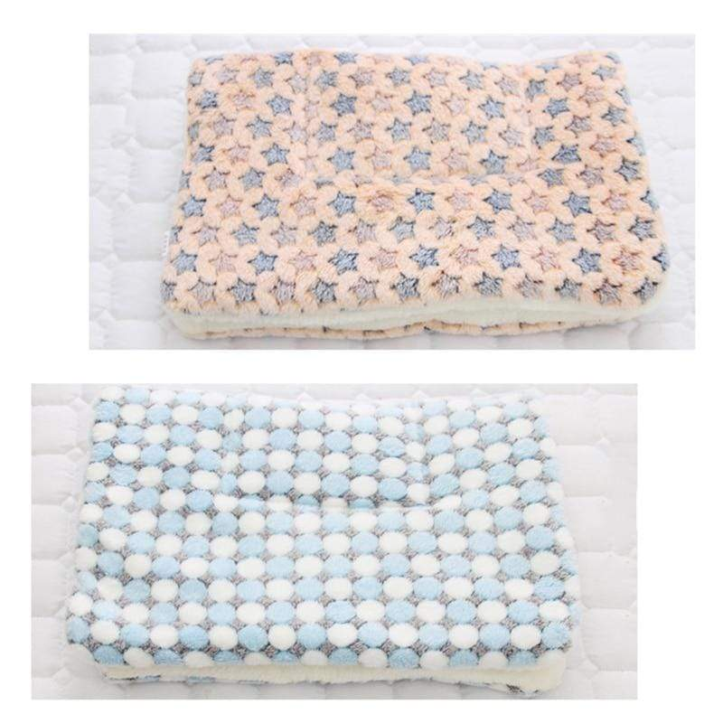 Thickened Pet Soft Fleece Pad Warm Blanket