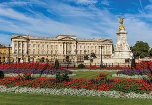 World's Smallest: Buckingham Palace