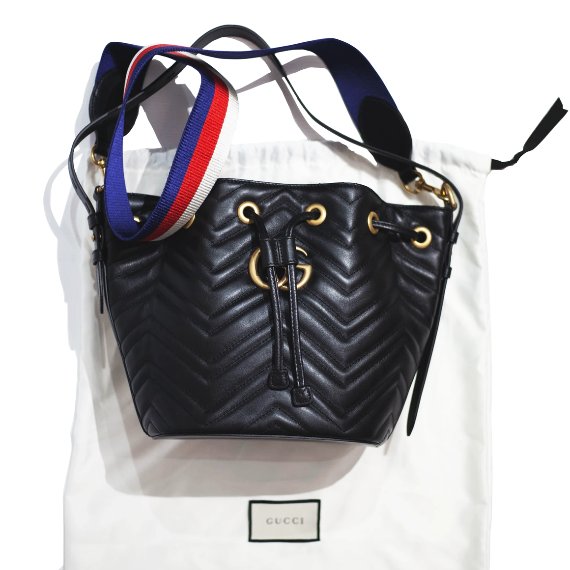 GUCCI GG Marmont Quilted Bucket Bag - Black