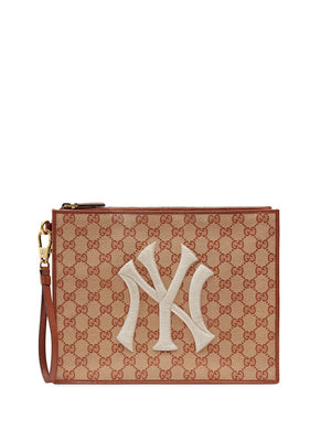 Gucci New York Yankees GG Supreme Canvas Pouch