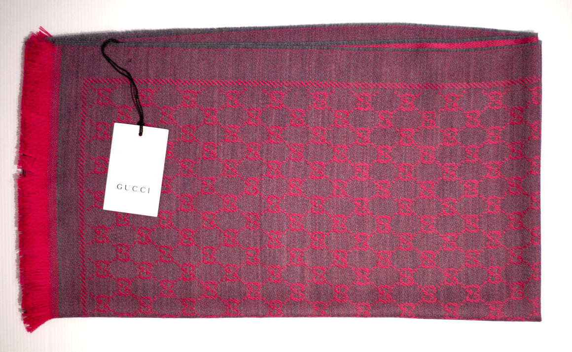 Gucci Flannel and Pink Wool GG jacquard scarf