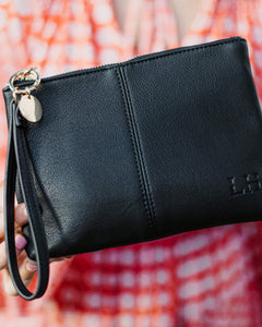 Gracie Clutch | Black