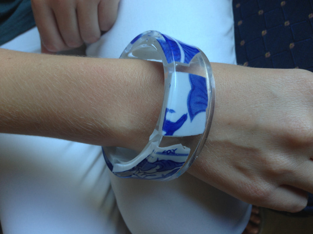 Delft resin bangle