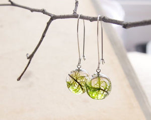 Resin pendant earrings