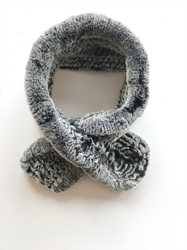 Furry Scarf -salt and pepper / EQUATION Boutique
