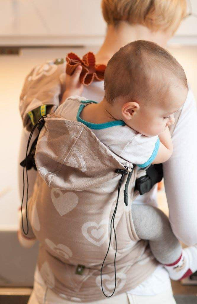 LennyLamb Sweetheart Beige/Cream Baby Carriers