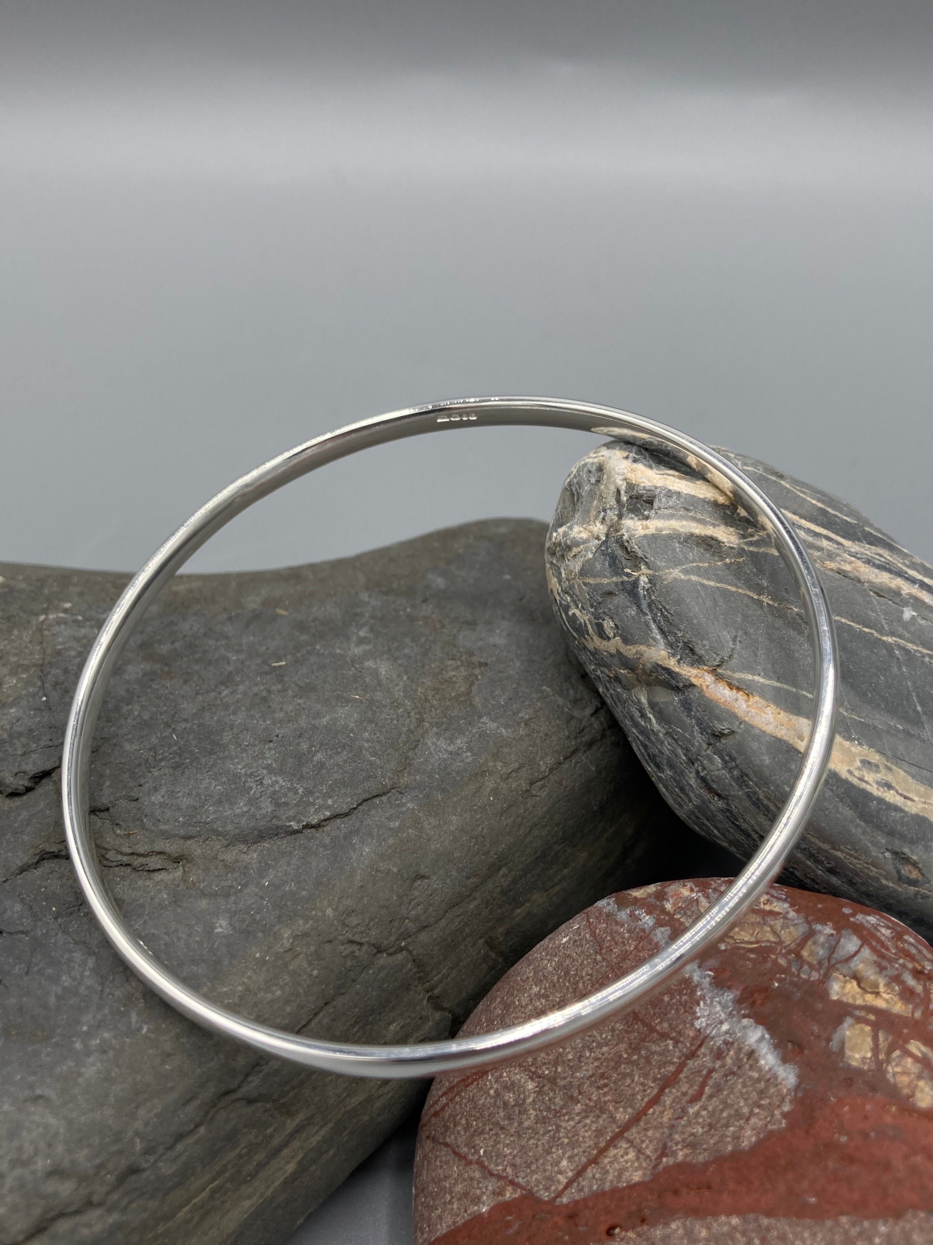 Sterling Silver Bangle, oval polished finish (3.5mm wide)