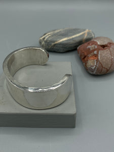 Sterling Silver cuff (Bangle). Hammered, flat finish (Very heavy weight)