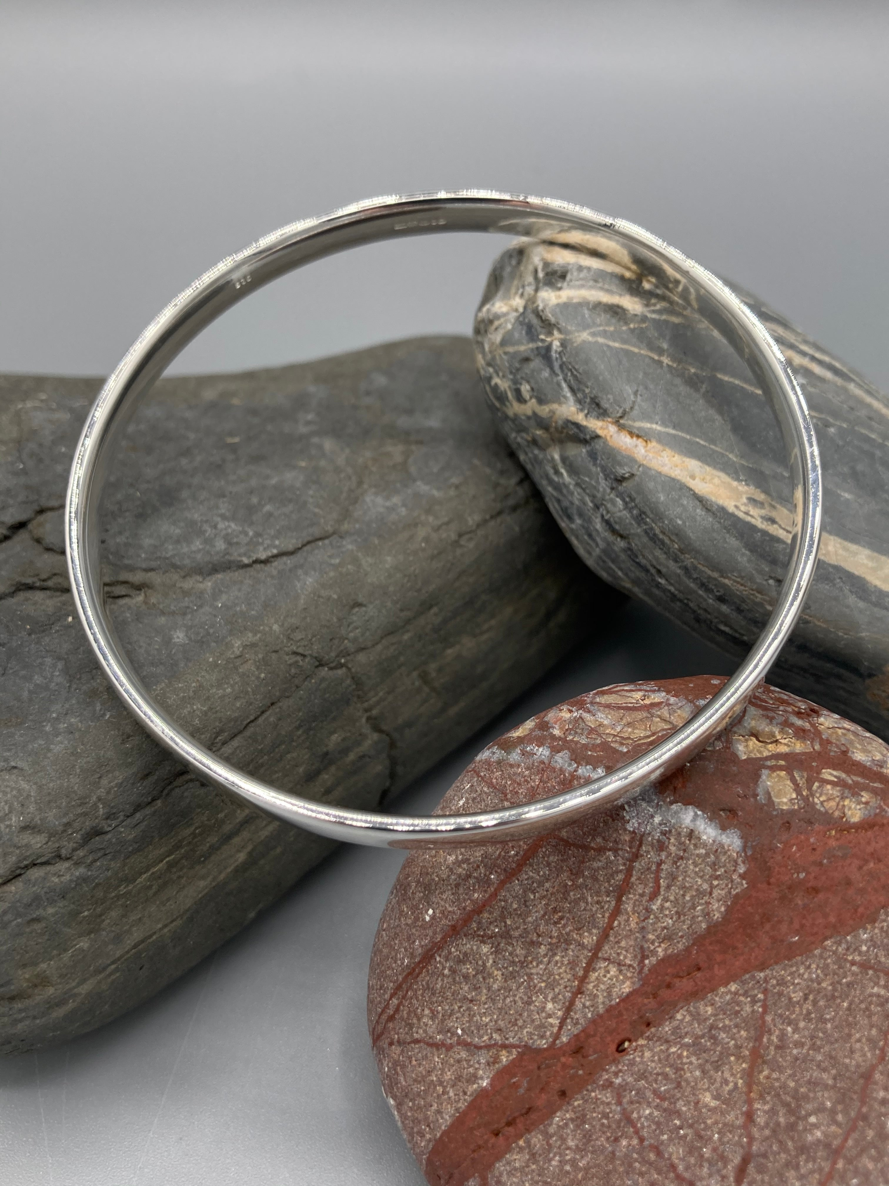 Sterling Silver Bangle, oval with a polished finish 5mm wide