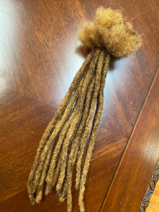 1 Loc Bundle (of 12) in Bronde Custom Blend .8cm thick 14-15in long