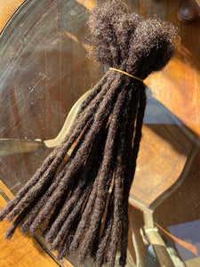 60 locs in Darkest Brown .6cm thick 10in long
