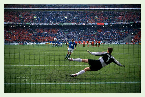 Totti penalty - Italy v Netherlands - 2000