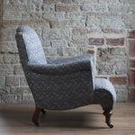 Load image into Gallery viewer, Late Victorian English country house arm chair