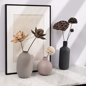 Load image into Gallery viewer, Black Ceramic Vase