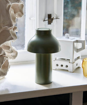 Load image into Gallery viewer, PC Portable Table Lamp