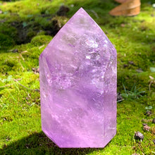 Load image into Gallery viewer, lavender amethyst tower