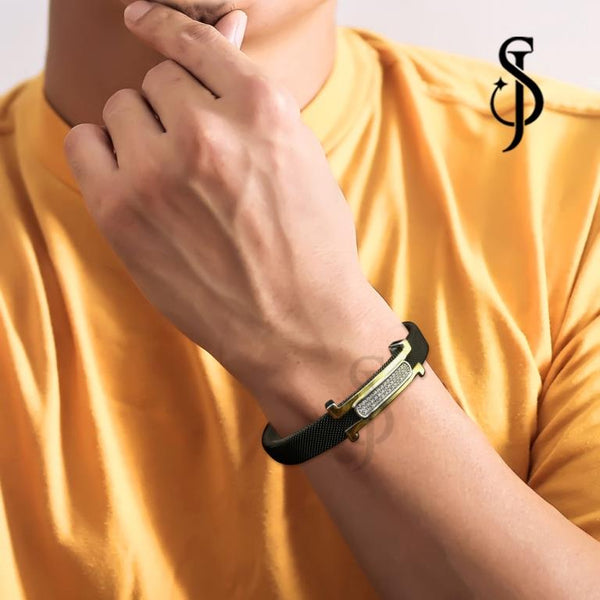 Exquisite Urbane Mens Bracelet by Silventic Jewels